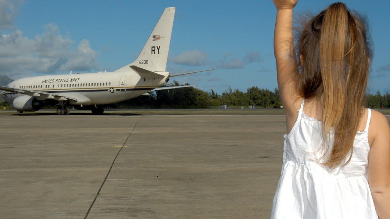 Quelques recommandations pour voyager en avion avec des enfants