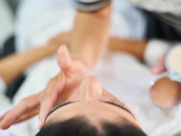 Comment prendre soin de sa peau tous les jours ?