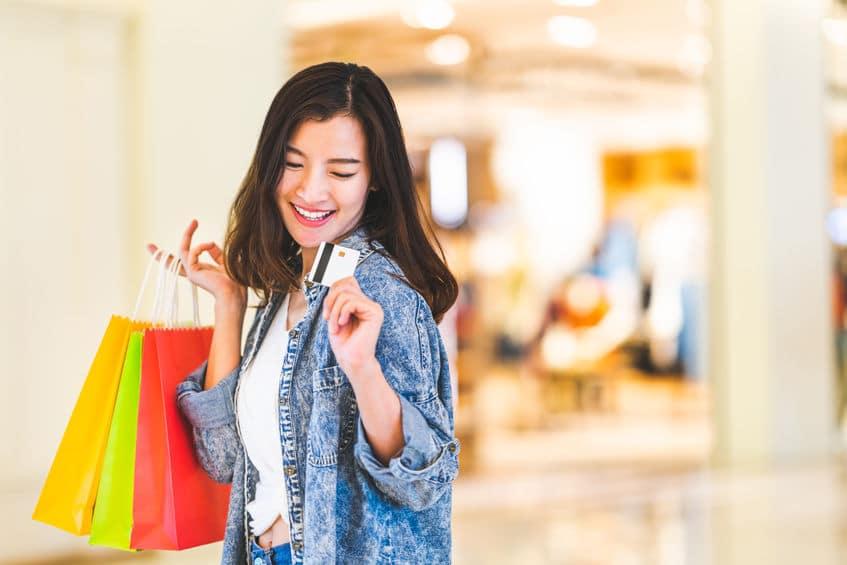 Comment le shopping peut-il contribuer à rendre une maman épanouie?